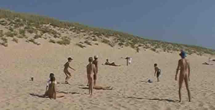 Nudité de la plage des adolescents